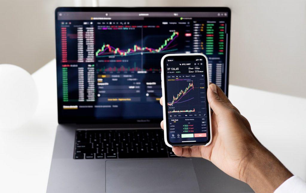 man using financial technology